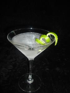 'The perfect martini' by Chris Corwin (berbercarpet) - http://www.flickr.com/photos/flickerbulb/95054208/. Licensed under CC BY-SA 2.0 via Wikimedia Commons