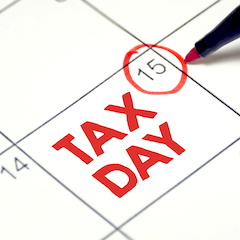 GettyImages-1094362714 Tax Day Filing Deadline Personal Income