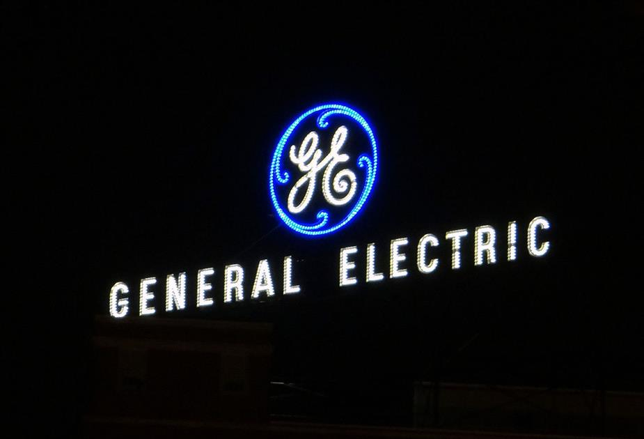 General_Electric_Sign,_Fort_Wayne,_Indiana